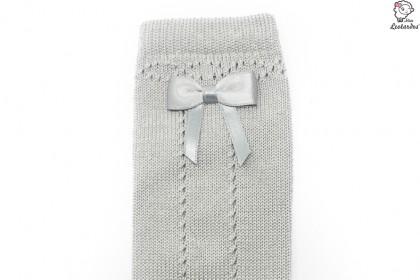 Calcetines grises calados con lazo